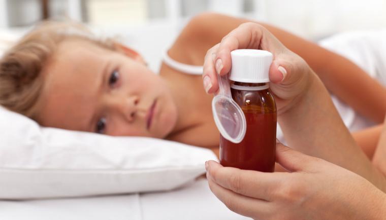 Лекарства и народные средства от ангины у детей